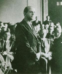 Vor dem Volksgerichtshof 1944