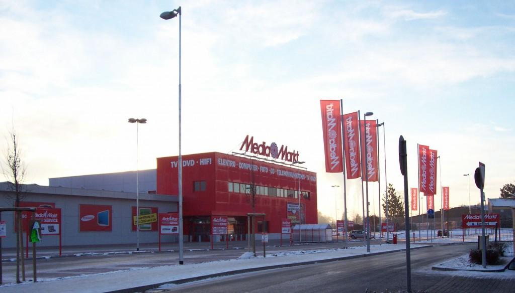 Metro-Markt am Busbahnhof in Dorsten; Foto: Wolf Stegemann