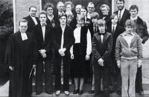 Konfirmantengruppe 1978 mit Pfarrer Rienäcker (Holsterhausen)