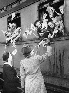 Abschied am Zug; NS-Propaganda-Foto