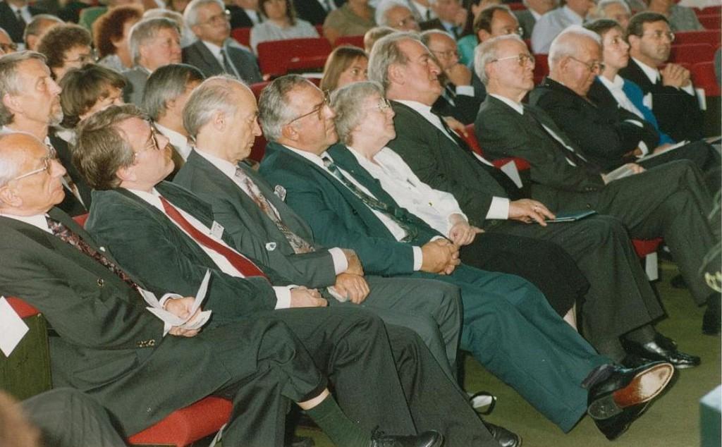 Eröffnungsveranstaltung 1992 in der Ursulinen-Aula; Bilderklärung weiter unten