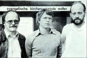 Die Pfarrer Schneider, Maibaum und Korn (v. l.)