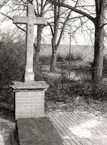 Letzter Rest des Brüderfriedhofs Maria Lindenhof (vor der Restaurierung)