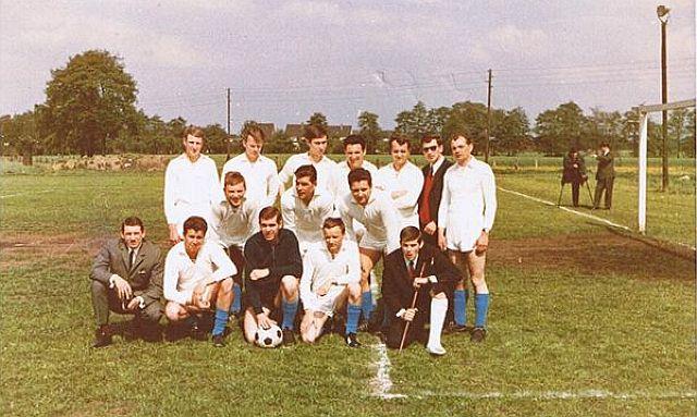 Eine der ersten Mannschaften in Altendorf-Ulfkotte, Bilderklärung unten; Foto: SV Altendorf-Ulfkotte.