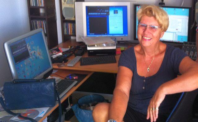 Initiatorin der ersten Wohnzimmerlesung: Krimi-Autorin Heidrun Bücker