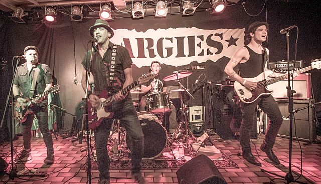 """Die agentinische Rockband """"Argies"""" mit Dorstens Neu-Bürger Davif Balbina (Vorne, MItte)"""