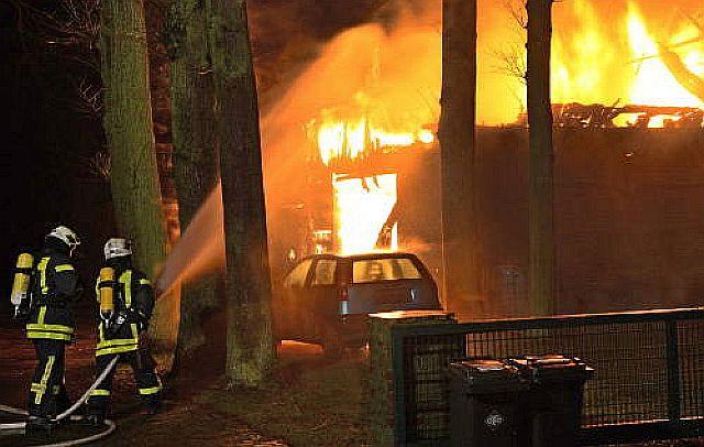 Die Werkstatt in der ehemaligen Scheune in Wulfen brannte im Februar 2016 nieder; Foto: Bludau