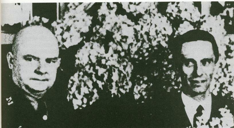 Heinrich Glasmeier mit Propsagandaminister Josef Goebbels