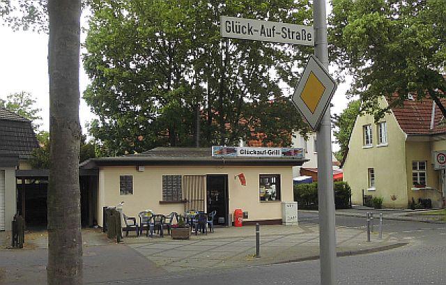Glück-Auf-Straße in Hervest-Dorsten; Foto: Wolf Stegemann