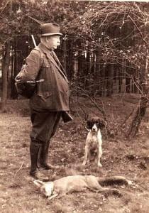 Dorflehrer Bücker als Jäger 1936 (Hervest)