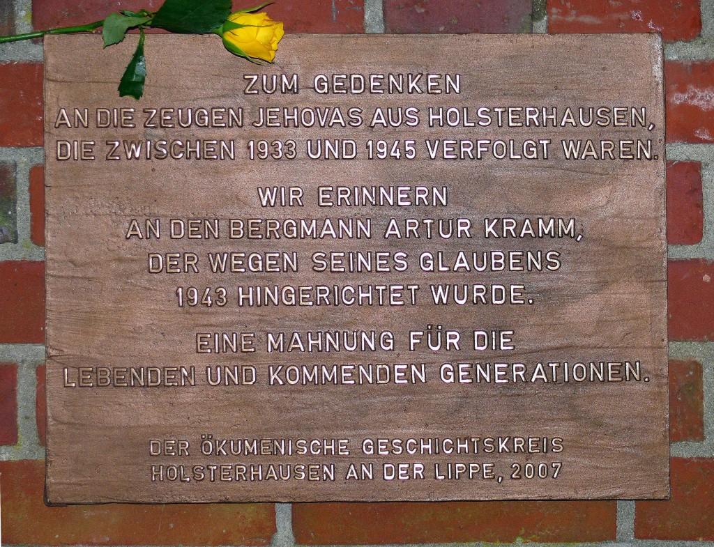 Erinnerungstafel am Waldfriedhof Holsterhausen 2007