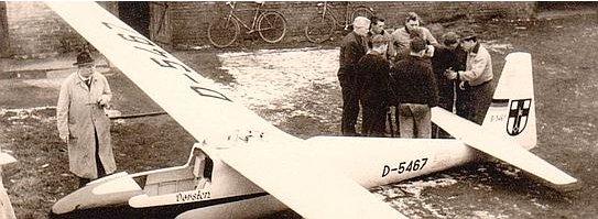 B. Gellenbeck vor der KA 699 in den 1950er-Jahren; Sammlung Gernoth
