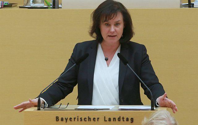 Dr. Ute Eiling-Hütig ist seit 2013 Mitglied im Bayerischen Landtag