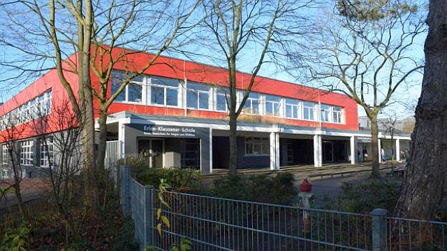 Pliesterbecker Schulzentrum: In diesen Gebäuden soll die Sekundarschule errichtet werden; Doto: DZ