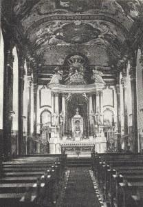 Blick ins Innere der Vorkriegskirche (Zeitungsbild)