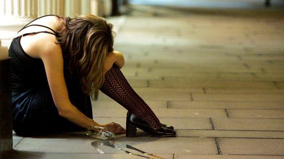 a-alkoholismus-quer-frau