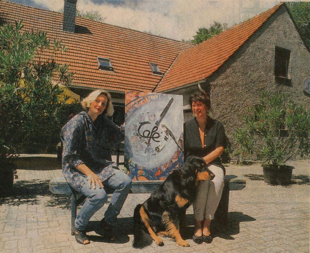 Gerda Zuleger (rechts)