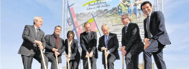 Erster Spatenstich Bückelsberg; Foto: DZ