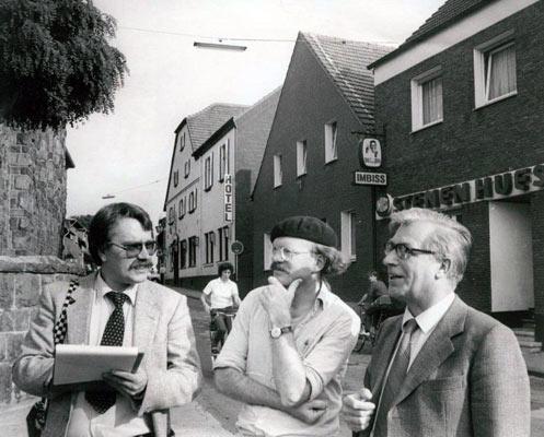 Stadtplaner Ewald Burmeister (re.), Wolf Stegemann (li) und Egbert Bremen in Lembeck
