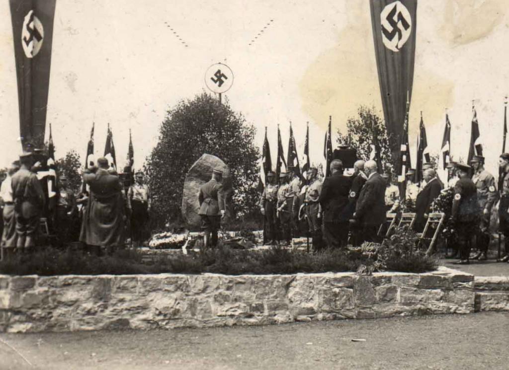Einweihung des Freikorps-Ehrenmals am Kanal