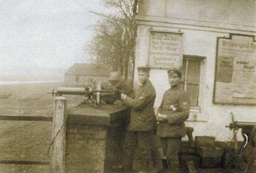 Maschinengewehrstellung an der Lippebrücke