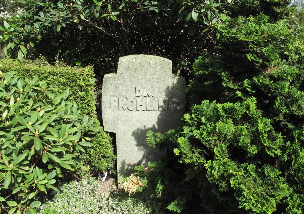 Grabstätte auf dem St. Agatha-Friedhof; Foto: Wolf Stegemann