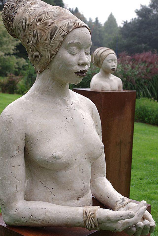 fine arts skulpturen-finearts-wasserschloss-lembeck