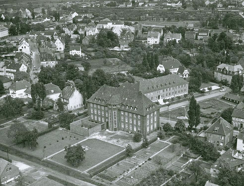 Amtsgerichtsgefängnis (ummauerter Teil am Haus der Gefängnishof)