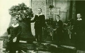 Glockenabnahme im Ersten Weltkrieg St. Antonius Holsterhausen