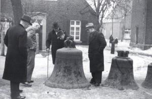 Glockenabnahme in Raesfeld 1942