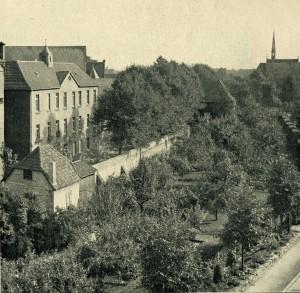 Gymnasium vor 1945 mit Blick vom Hindenburg
