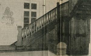 Innenaufgang mit Wandbild 1937