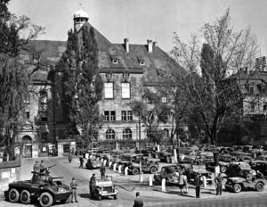 Abgeriegelter Justizpalast in Nürnberg 1946
