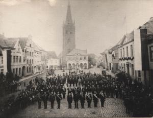 Kriegerverein Dorsten auf dem Marktplatz