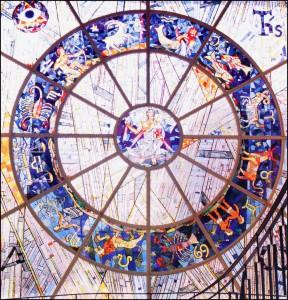 Glasfenster von Karl Korte im alten Petrinum-Gebäude