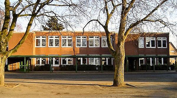 Laurentiusschule, mittlerer Teil 1968 eingeweiht
