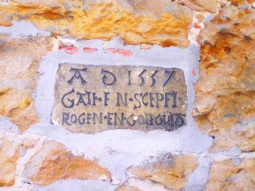 Hausstein 1557