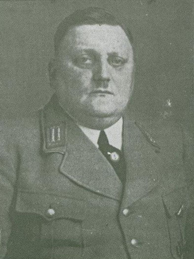 Ortsgruppenleiter Otto Berke (Hervest)