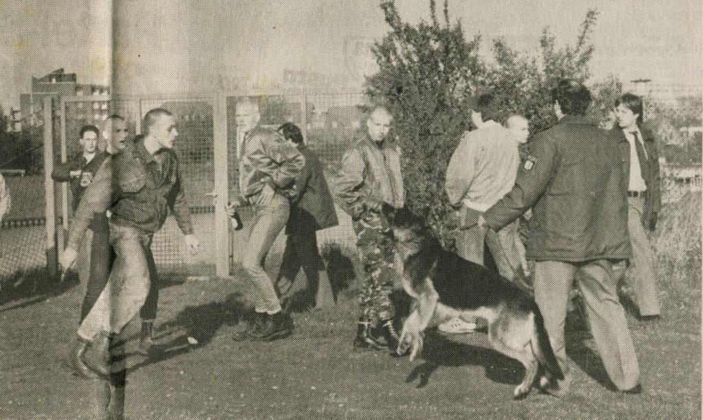 Auseinandersetzung zwischen Skins und der Polizei am Kanal in Dorsten am 23. April 1989