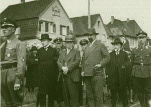 Reichssportfest 1933 in Dorsten mit Lehrern, Pfarrern und NSDAP-Funktionären auf dem Bild
