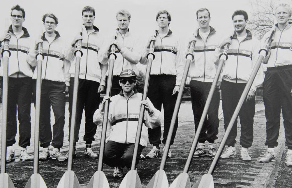 Das Achter-Team mit THorsten Streppelhoff .............