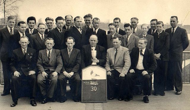 30 Jahre Taubenverein in Holsterhausen 1954 im Gasthaus Kruse