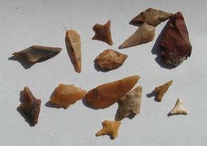 Vorgeschichtliche Pfeilspitzen; Sammlung Stegemann