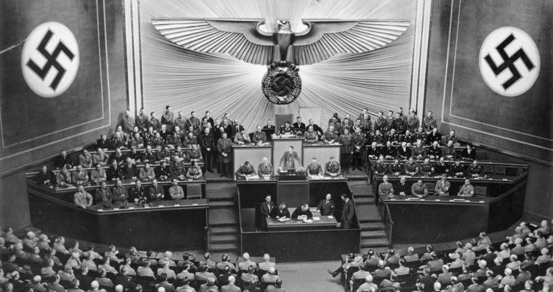 """Reichstag 1941, ein """"Bestätigungs-Parlament"""" für den Diktator Hitler"""