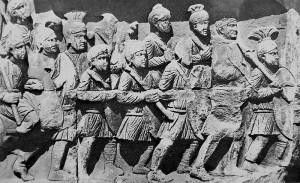 Marschierende römische Legionäre