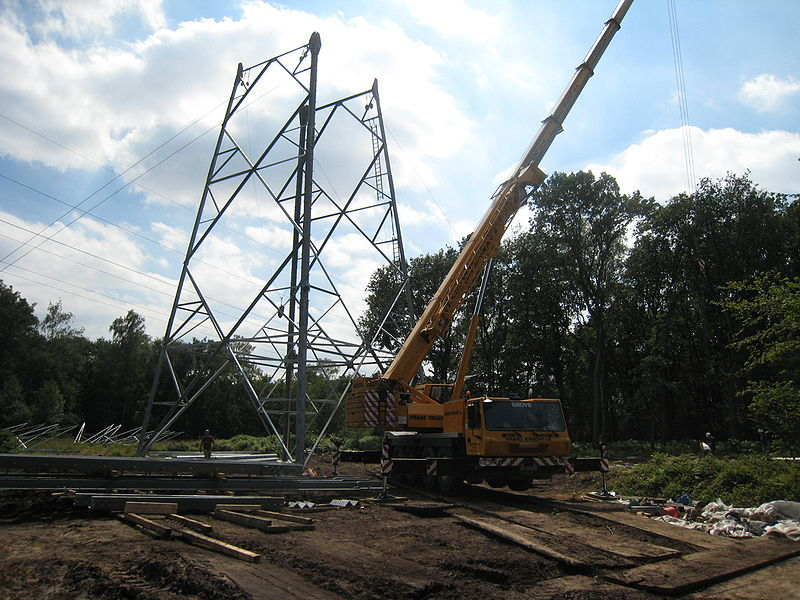 zz-st-stadtwerke RWE-Neubau eines Freileitungsmastes